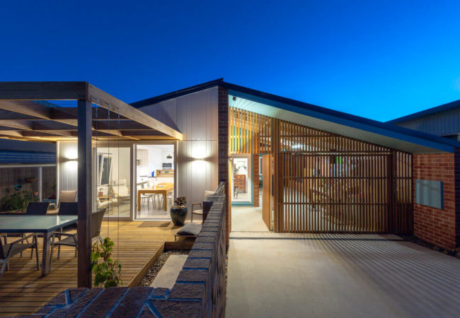 Canberra Beach House: a Light House open from 10am – 1pm